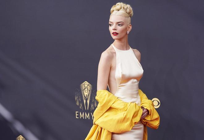 Đằng sau thiết kế trang phục của Anya Taylor-Joy tại Primetime Emmy - ảnh 5