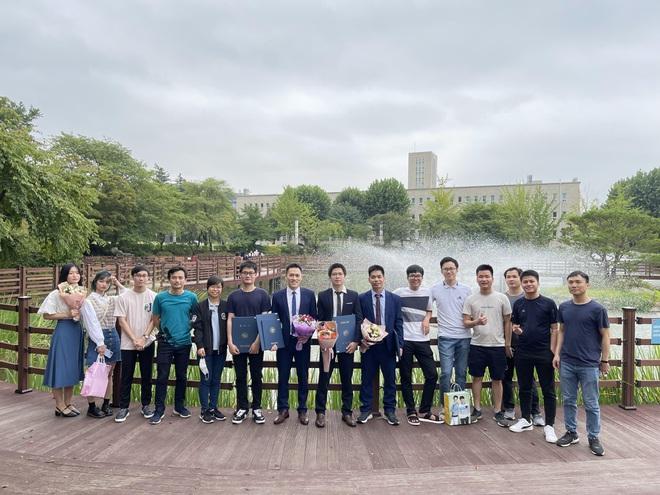 Người Việt tại Hàn Quốc học cách sống chung an toàn với Covid-19 - ảnh 4