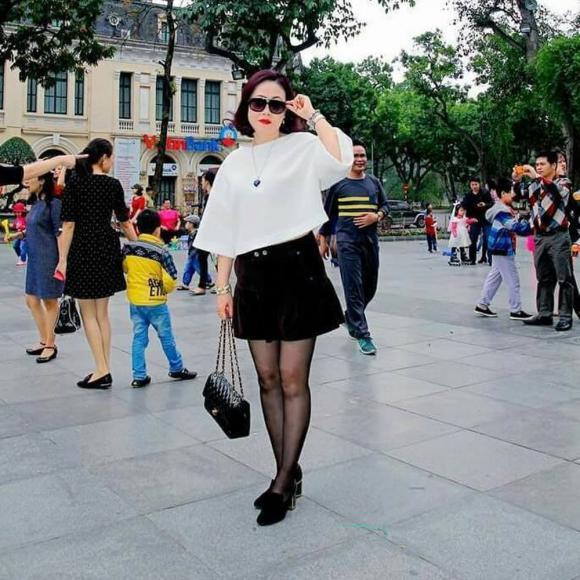 Trà My, Thanh Tú tổ chức sinh nhật cho mẹ, nhan sắc trẻ trung của 2 nàng Á hậu gây chú ý - ảnh 8