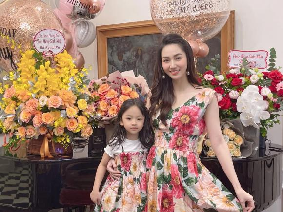 Trà My, Thanh Tú tổ chức sinh nhật cho mẹ, nhan sắc trẻ trung của 2 nàng Á hậu gây chú ý - ảnh 6