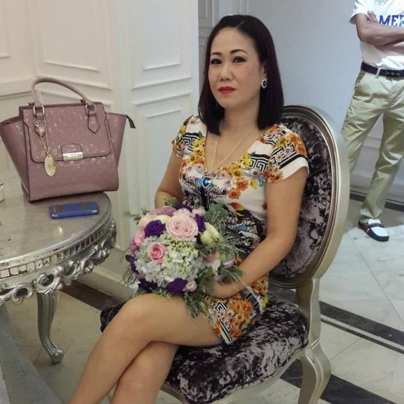 Trà My, Thanh Tú tổ chức sinh nhật cho mẹ, nhan sắc trẻ trung của 2 nàng Á hậu gây chú ý - ảnh 10