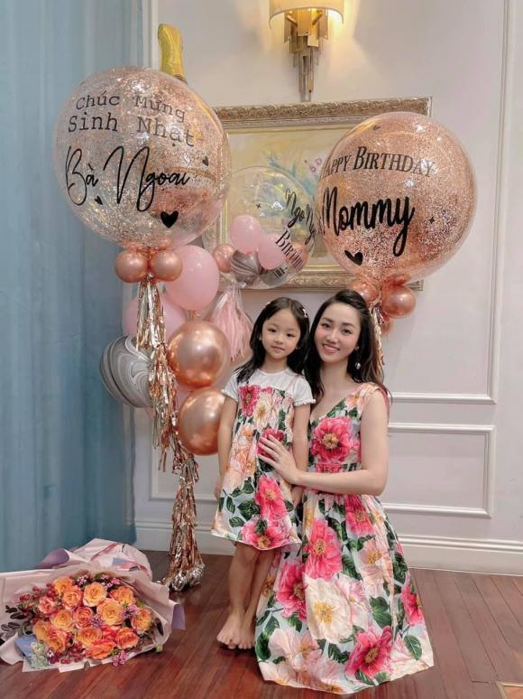 Trà My, Thanh Tú tổ chức sinh nhật cho mẹ, nhan sắc trẻ trung của 2 nàng Á hậu gây chú ý - ảnh 5