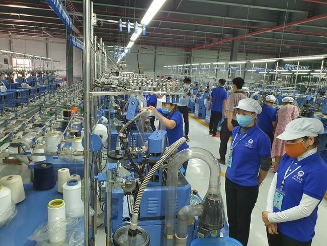 Thừa Thiên Huế thực hiện đồng bộ nhiều giải pháp để giải quyết việc làm cho người lao động - ảnh 2