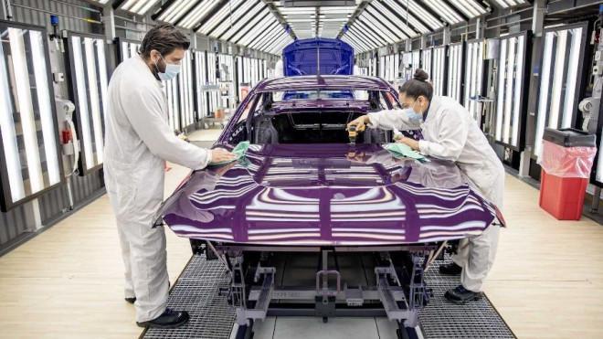 Nửa đầu tháng 9, lượng ô tô nhập khẩu về Việt Nam hụt hơi, khan hàng - ảnh 1