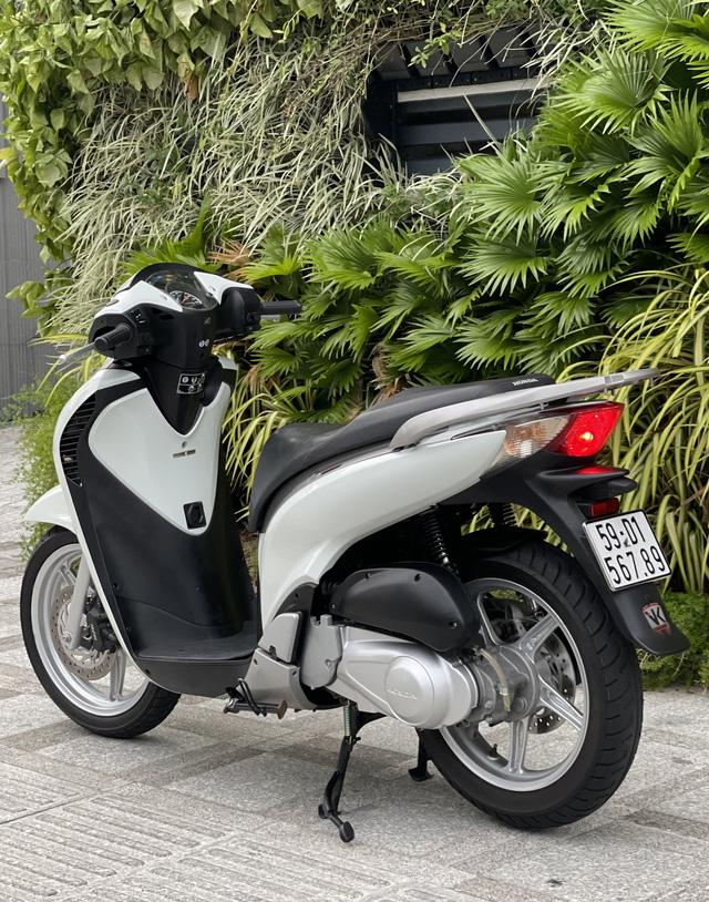Honda SH 150i cũ giá 1 tỷ đồng tìm được người mua sau 4 ngày rao bán, chủ xe ''ra lộc'' 1.000 USD - ảnh 1