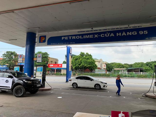Chủ xe Ford Ranger tá hoả khi trả 1,32 triệu đồng tiền dầu, vượt sức chứa của cả bình dầu theo xe - ảnh 6