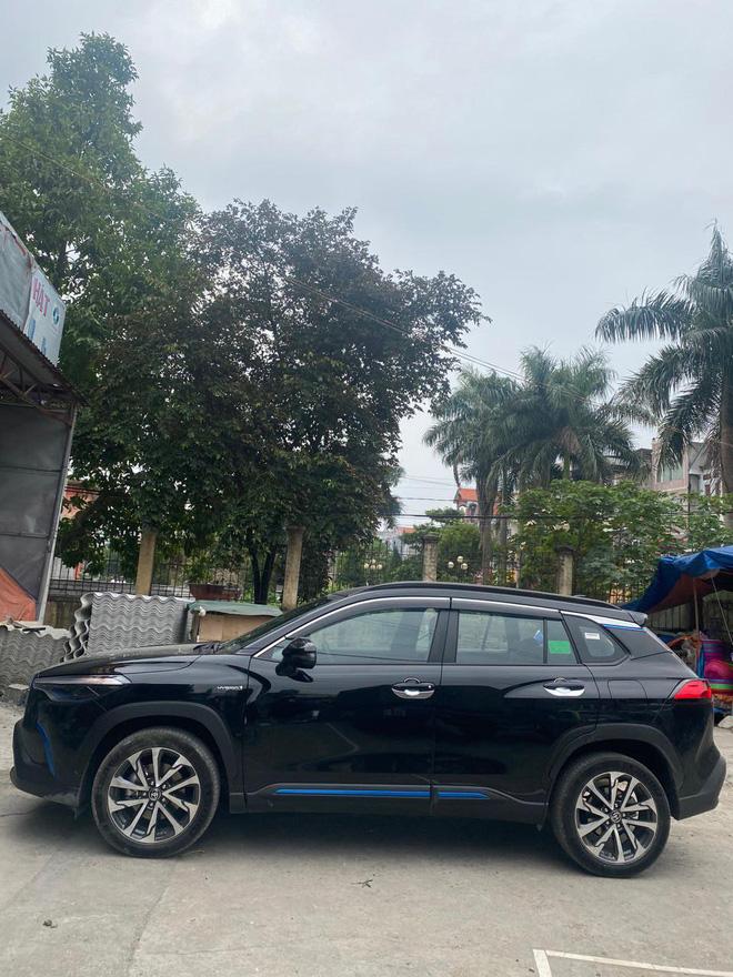 Những kiểu khách chốt đơn Toyota Corolla Cross sau 1 năm bán tại Việt Nam: Người bỏ Mercedes, người mua chỉ vì thương hiệu - ảnh 16
