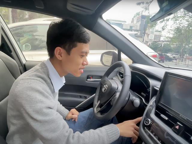 Những kiểu khách chốt đơn Toyota Corolla Cross sau 1 năm bán tại Việt Nam: Người bỏ Mercedes, người mua chỉ vì thương hiệu - ảnh 25