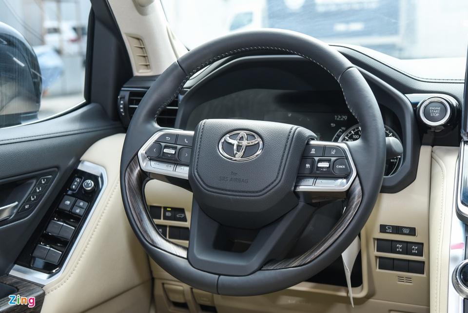 Chi tiết Toyota Land Cruiser 2022 tại Việt Nam - ảnh 15