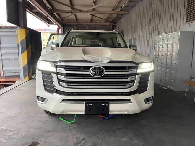 Chi tiết Toyota Land Cruiser 2022 tại Việt Nam - ảnh 21