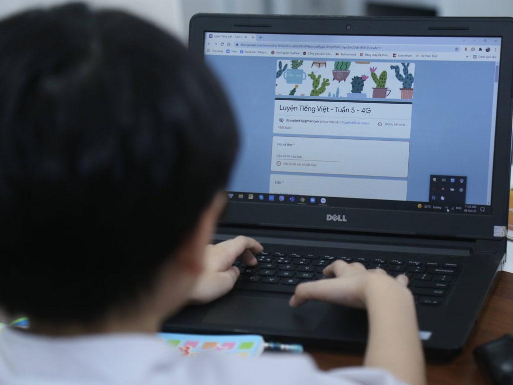 Qua 1 tháng dạy học trực tuyến, nhiều chuyện buồn hơn vui - ảnh 3