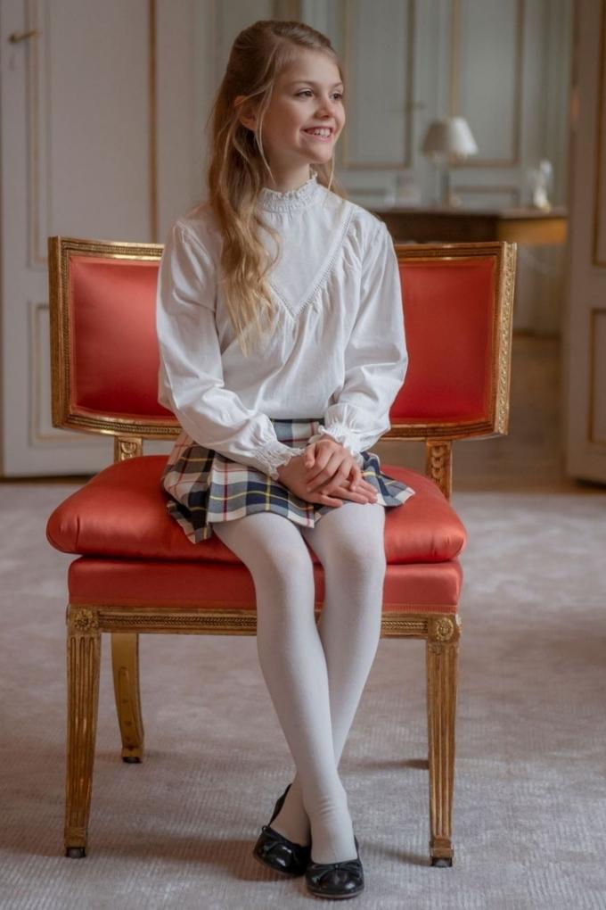 Hòa Minzy mặc đẹp với đồ hơn 100 nghìn đồng - ảnh 12