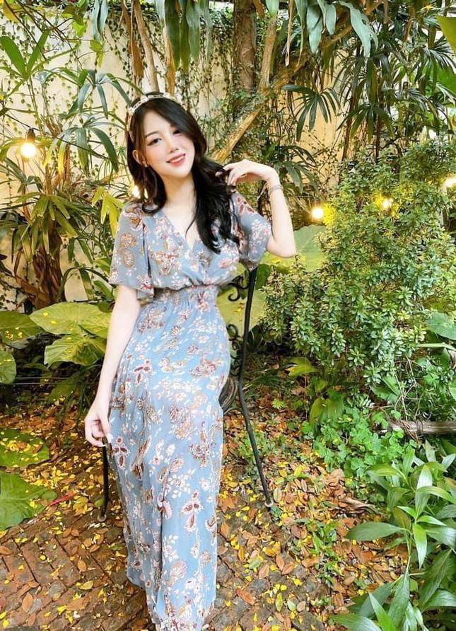 Hot girl Đại học Thương Mại gây chú ý bởi nhan sắc nóng bỏng - ảnh 4