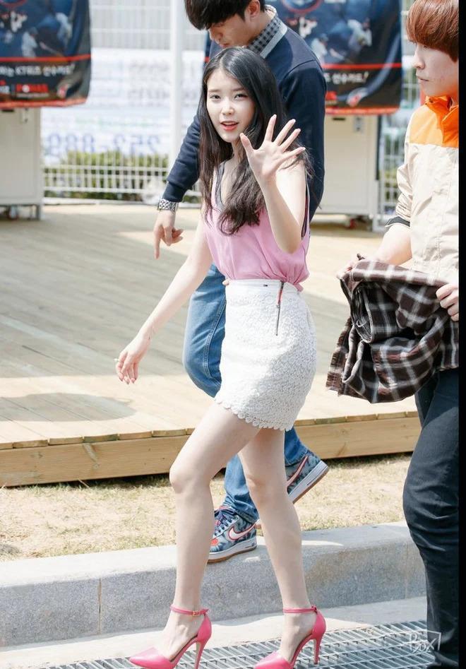 Mẹo đi giày cao gót không lo đau chân của IU, Kendall Jenner - ảnh 2