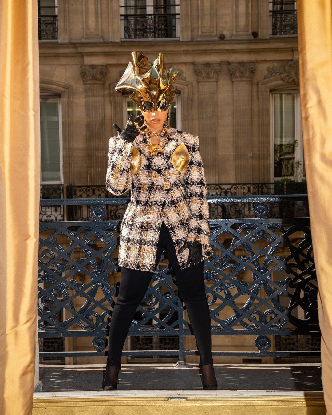 Zendaya lăng xê xu hướng đem tác phẩm điêu khắc lên quần áo - ảnh 2