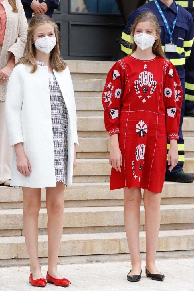 Hòa Minzy mặc đẹp với đồ hơn 100 nghìn đồng - ảnh 13