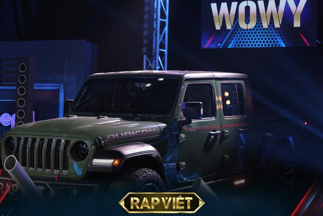 Soi dàn xe ''chống lưng'' giám khảo Rap Việt mùa 2: Toàn xe tiền tỷ đến từ Mỹ, có mẫu đắt như Mercedes-Benz S-Class - ảnh 4
