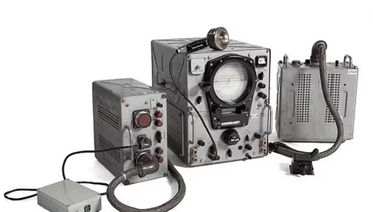 Hàng loạt thiết bị độc lạ của điệp viên thời Liên Xô được bán đấu giá - ảnh 7