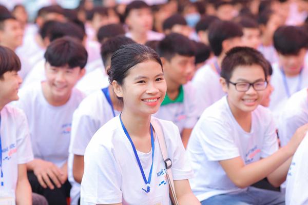 Hội thảo hướng nghiệp trực tuyến cho hơn 500 học sinh Hải Phòng, Nghệ An - ảnh 3