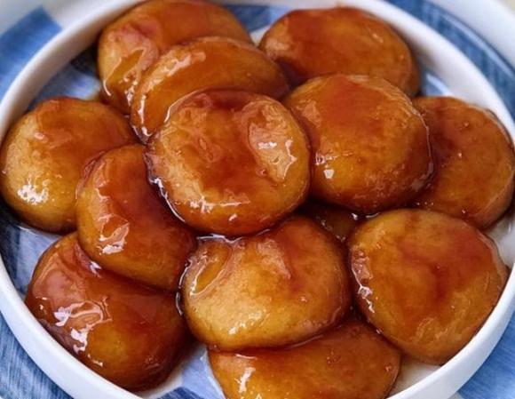Làm bánh rán đường nâu, đừng chỉ thêm đường nâu, hãy thêm ''hai thứ này nữa'', bánh thơm và màu đẹp hơn hẳn - ảnh 6