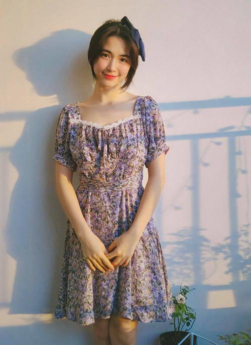 Hòa Minzy mặc đẹp với đồ hơn 100 nghìn đồng - ảnh 6