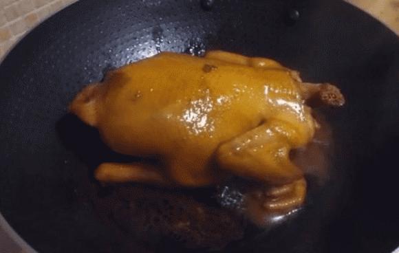 Công thức làm món gà sốt xì dầu có da giòn, thịt mềm, vị thơm béo, trẻ em ăn một mình hết nửa con - ảnh 3