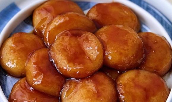 Làm bánh rán đường nâu, đừng chỉ thêm đường nâu, hãy thêm ''hai thứ này nữa'', bánh thơm và màu đẹp hơn hẳn - ảnh 5