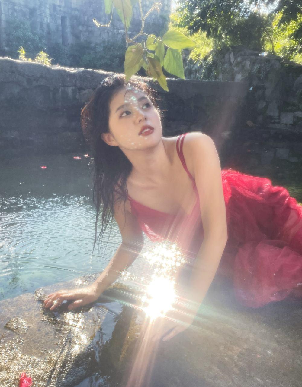 """Chuẩn đẹp mới của phụ nữ Trung Quốc khiến dân mạng """"phát cuồng"""", khen nức nở - ảnh 6"""