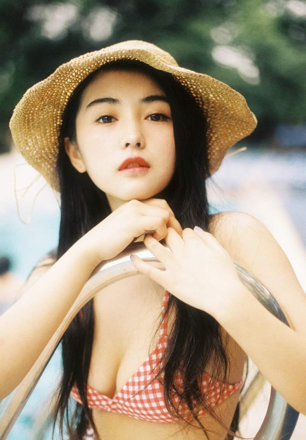"""Chuẩn đẹp mới của phụ nữ Trung Quốc khiến dân mạng """"phát cuồng"""", khen nức nở - ảnh 10"""