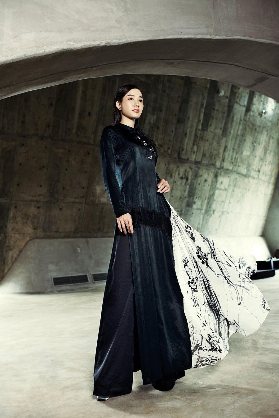 Á hậu Hoàng My, Ngọc Trân đẹp tựa đóa quỳnh nở muộn - ảnh 4