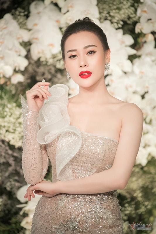 Dẫn con đi chơi, Hồ Ngọc Hà điệu đàng, Kim Lý giản dị - ảnh 30