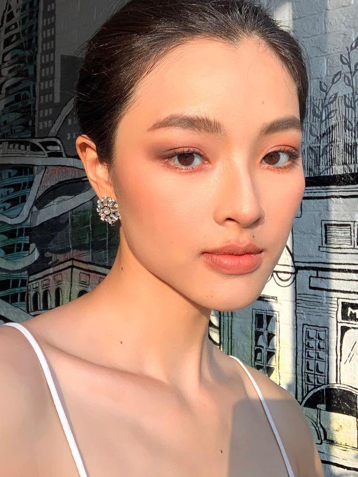 'Nữ thần y khoa' khoe khuôn trăng đầy đặn, netizen nhìn mà mê - ảnh 10