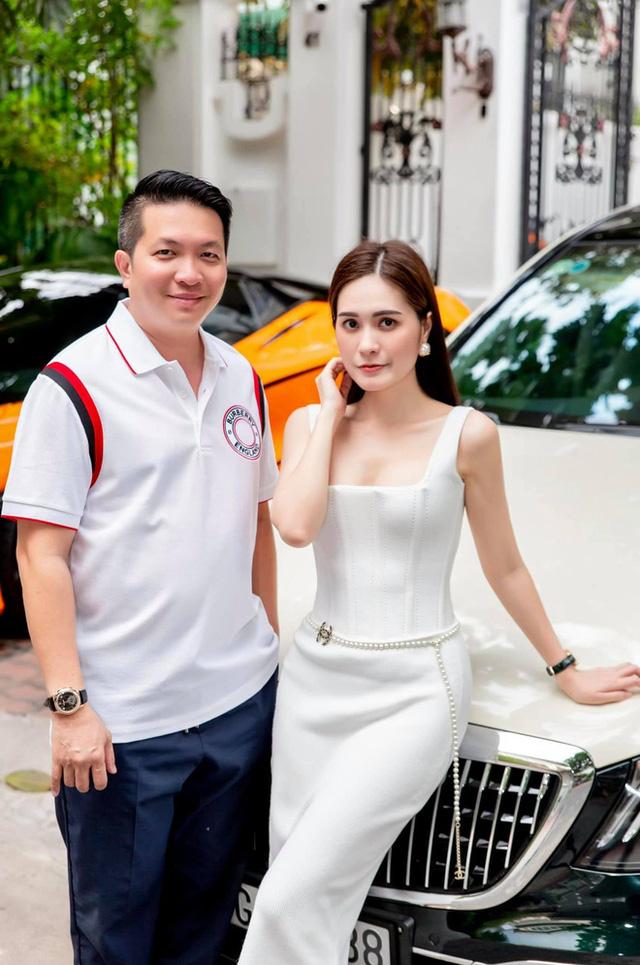 Đại gia tặng 2 vợ chồng chủ 15 chú chó 50 triệu đồng, hỗ trợ việc lương 12 triệu/tháng: Là đối tác của Minh Nhựa, sở hữu BST xe cực ''khủng'' - ảnh 4