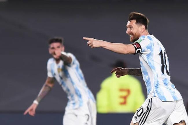 Messi đã cười nhiều hơn trên ĐT Argentina - ảnh 2