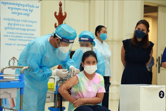 COVID-19 tại ASEAN hết 10/10: Thái Lan thắng lợi với 'hộp cát'; Campuchia sắp 'bình thường mới' - ảnh 10