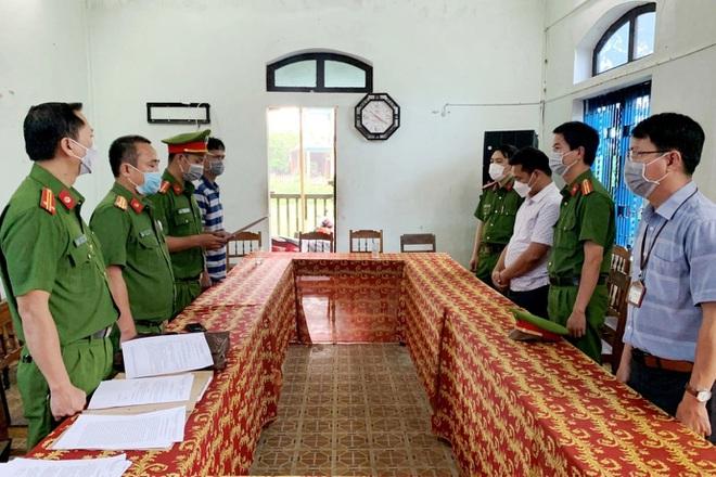 Bắt giam một cán bộ Trung tâm phát triển quỹ đất huyện Phúc Lộc - ảnh 2
