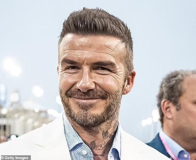 David Beckham bỗng nhiên không còn nếp nhăn khiến fan thấy lạ lẫm - ảnh 2