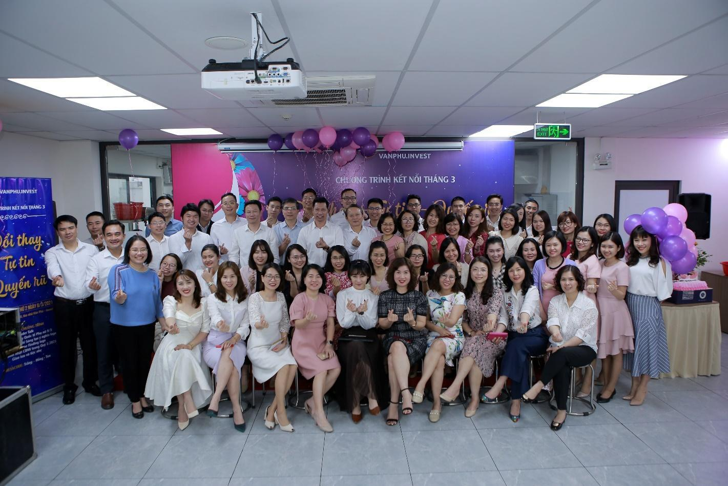 """Văn Phú – Invest được vinh danh giải thưởng """"Nơi làm việc tốt nhất châu Á"""" ngay trong lần đầu tham dự - ảnh 2"""