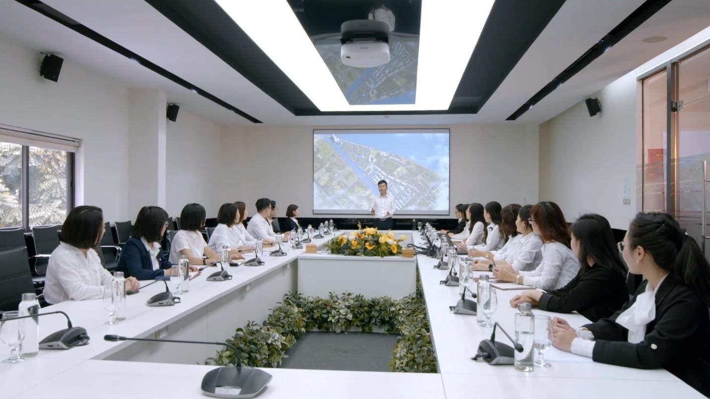 """Văn Phú – Invest được vinh danh giải thưởng """"Nơi làm việc tốt nhất châu Á"""" ngay trong lần đầu tham dự - ảnh 3"""