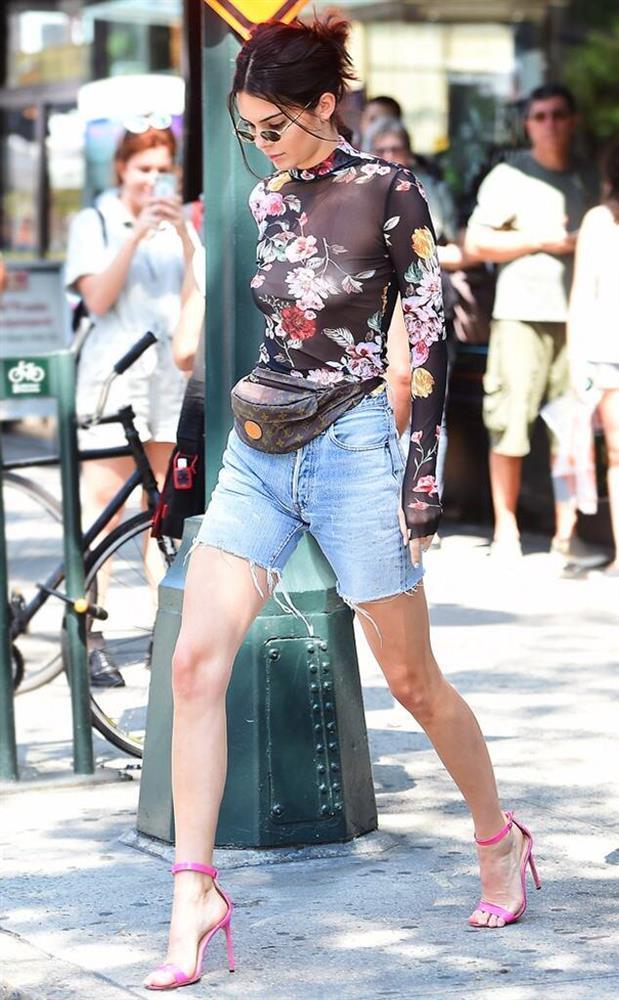 Mẹo đi giày cao gót không lo đau chân của IU, Kendall Jenner - ảnh 5