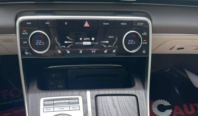 Genesis GV80 vừa về nước mang nhiều trang bị khủng nhất Việt Nam, giá sẽ rất đắt, cạnh tranh BMW X5 và Mercedes-Benz GLE - ảnh 8