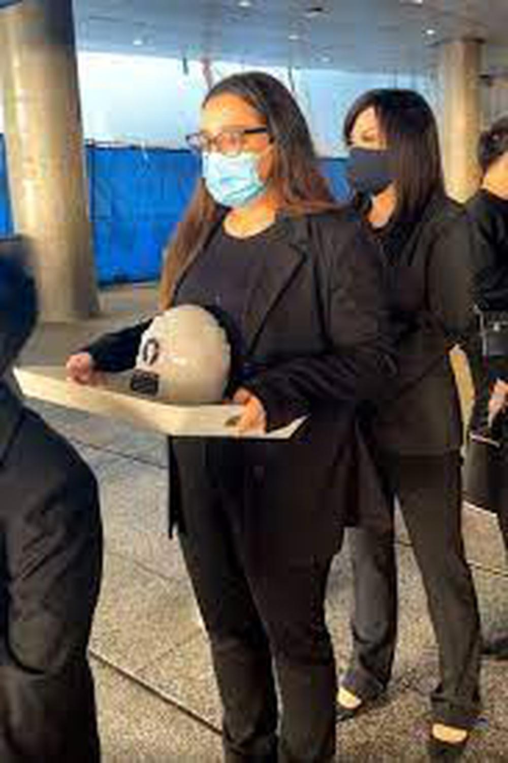 Con gái ruột Phi Nhung lên tiếng: Có quá nhiều chuyện không đúng về mẹ, con muốn nói tất cả sự thật - ảnh 2