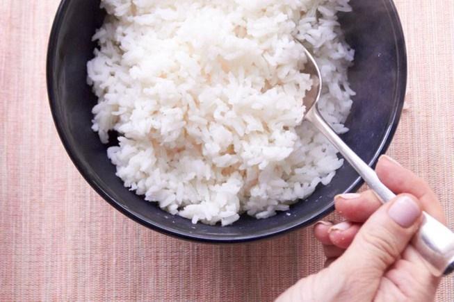 Ngày nào cũng ăn cơm nhưng ai cũng mắc sai lầm tai hại này! - ảnh 5
