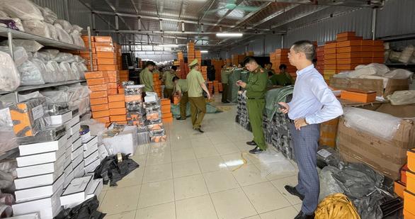 Phát hiện nhiều container hàng quá cảnh vi phạm, từ chứa ma túy đến hàng giả - ảnh 1