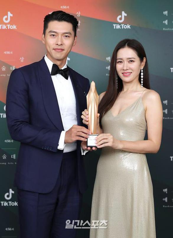 Ký sinh trùng và Khi hoa trà nở thắng đậm giải phim Baeksang Hàn Quốc - ảnh 9