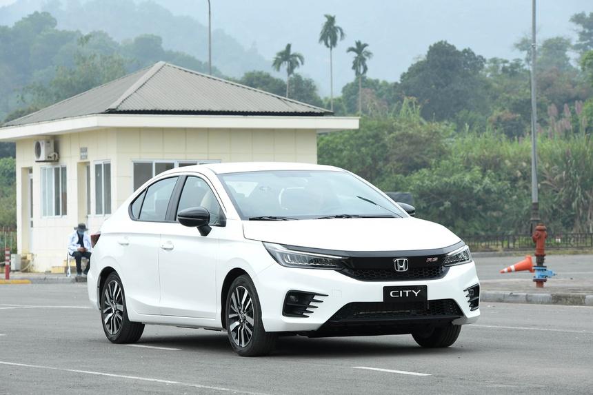 Doanh số Hyundai Accent bỏ xa Toyota Vios trong tháng 9 - ảnh 3