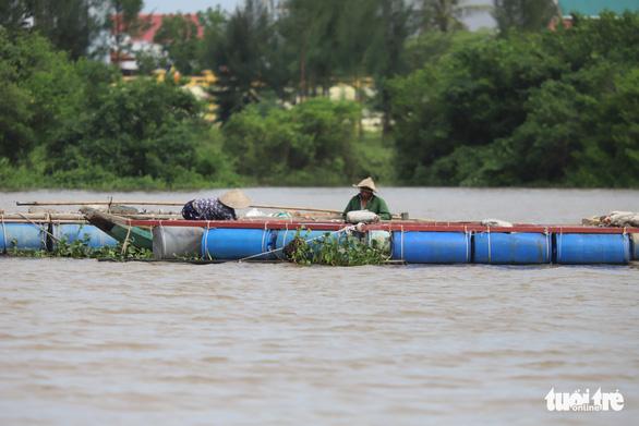 Bắc Trung Bộ cấp tập chống bão số 8, hỗ trợ người dân trên đường hồi hương - ảnh 3