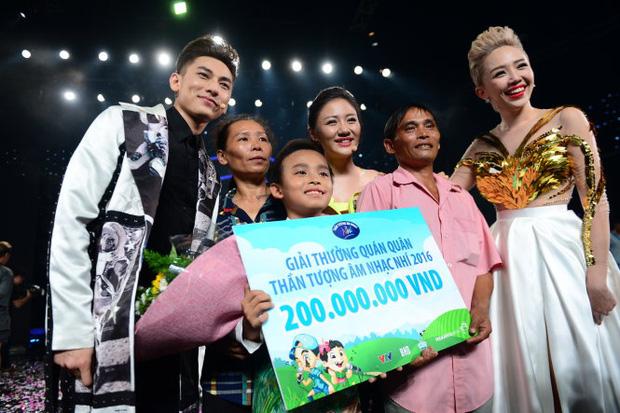 Khi các ca sĩ rời công ty quản lý của ba mẹ nuôi: Phương Mỹ Chi êm đẹp với Quang Lê, 2 người con nuôi của cố NS Phi Nhung đối lập hoàn toàn - ảnh 17