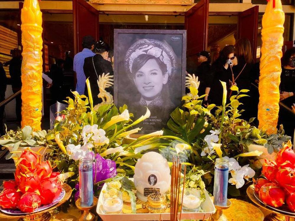 Hai ước nguyện dang dở được thực hiện ngay trong tang lễ Phi Nhung - ảnh 1
