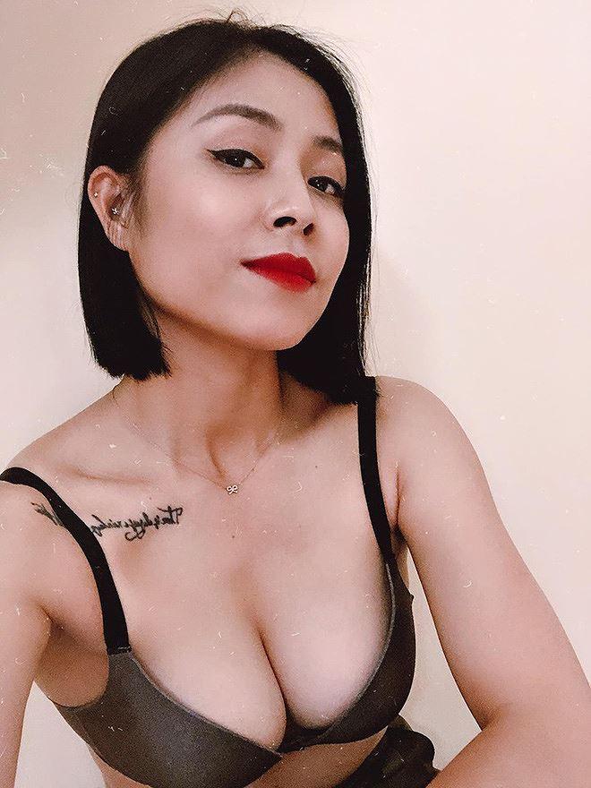 MC Hoàng Linh chuộng phong cách bốc lửa với áo lót xuyên thấu cá tính - ảnh 2